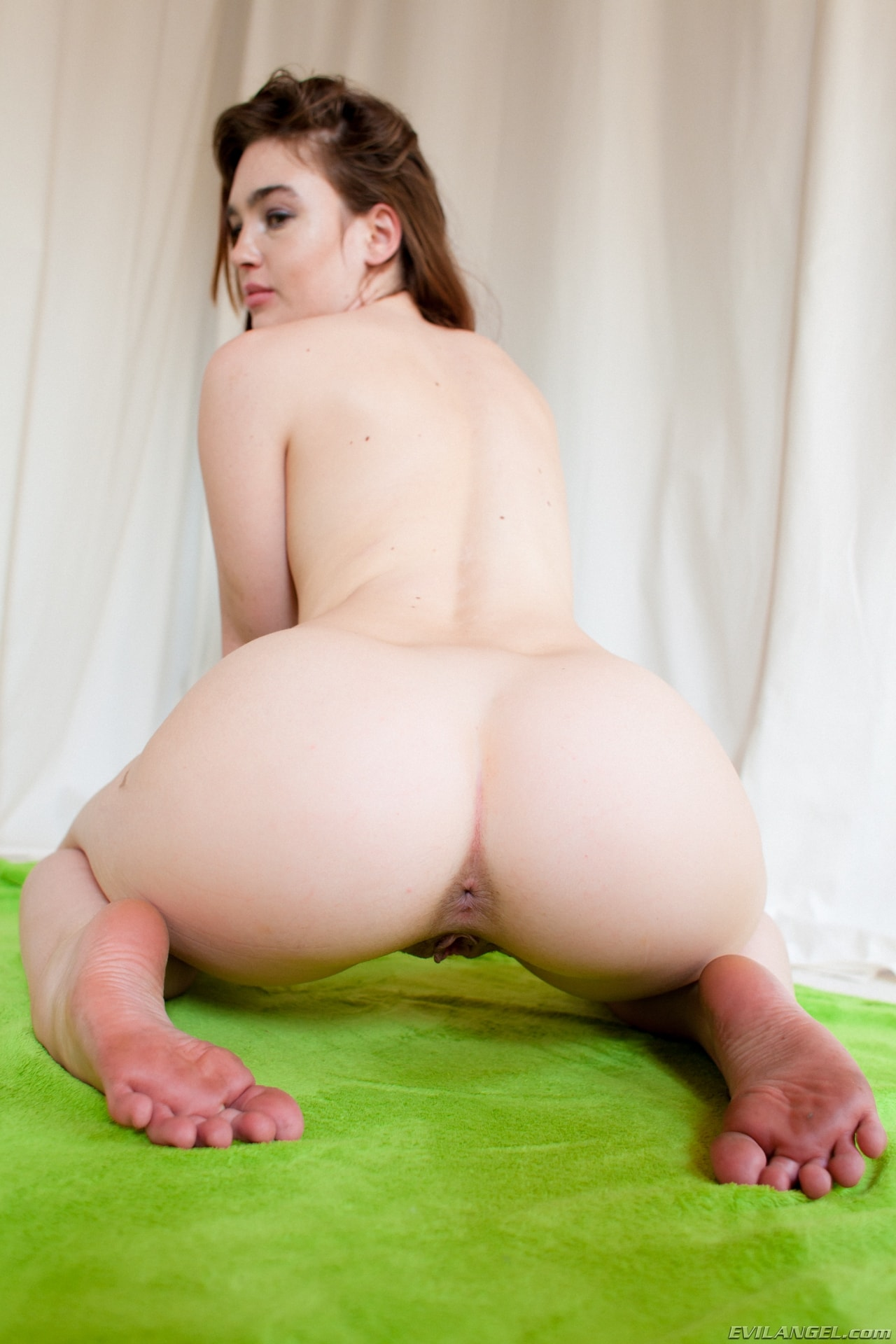 Pussy Licking Until She Cums