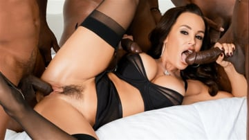 Lisa Ann - Lisa Ann's Black Out 3