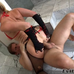 Adrianna Nicole in 'Evil Angel' Ass Wide Open (Thumbnail 11)
