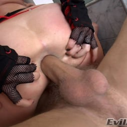 Adrianna Nicole in 'Evil Angel' Ass Wide Open (Thumbnail 12)