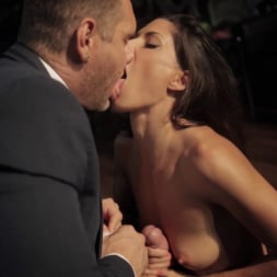 Alexa Tomas in 'Evil Angel' The Player (Thumbnail 7)
