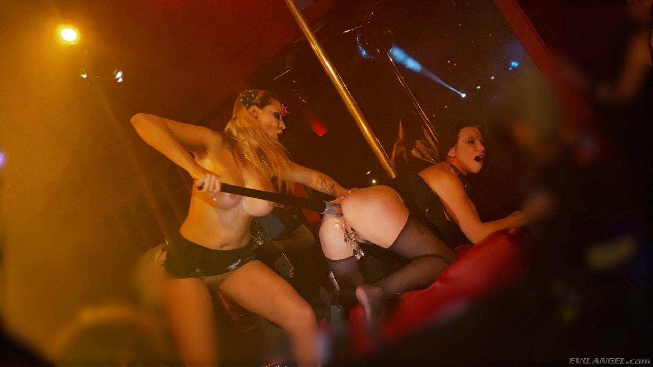 Evil Angel 'I Fucking Love Berlin' starring Alysa Gap (Photo 9)