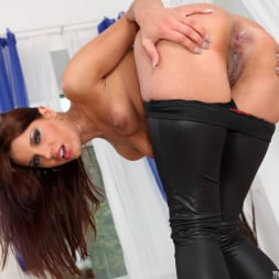 Angel Rivas in 'Evil Angel' Rocco's Double Anal Festival (Thumbnail 20)