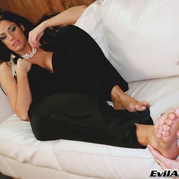 Angela Aspen in 'Evil Angel' Femdom Ass Worship 3 (Thumbnail 4)
