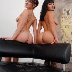 Bella Russa in 'Evil Angel' Lil Gaping Lesbians 4 (Thumbnail 360)