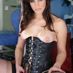 Bobbi Starr in 'Evil Angel' Strap Attack 11 (Thumbnail 8)
