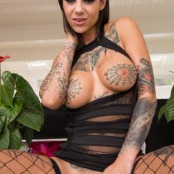 Bonnie Rotten in 'Evil Angel' Tattooed Anal Sluts (Thumbnail 6)