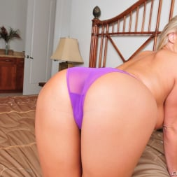 Carolyn Reese in 'Evil Angel' Panty Pops 4 (Thumbnail 5)