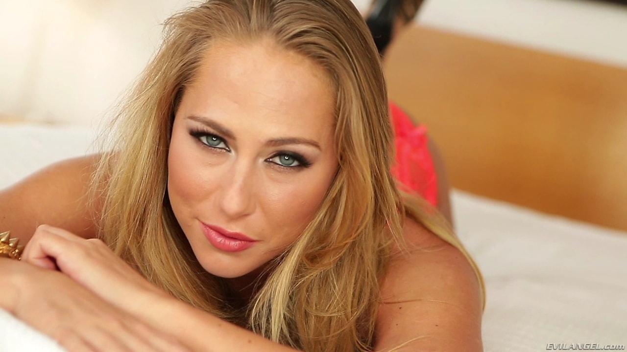 Evil Angel 'Facial Overload 4' starring Carter Cruise (Photo 2)