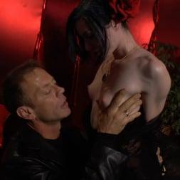 Chastity Lynn in 'Evil Angel' Voracious - Season 2 Episode 11 (Thumbnail 9)