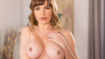 Dana DeArmond in 'My Stepson Is Evil'