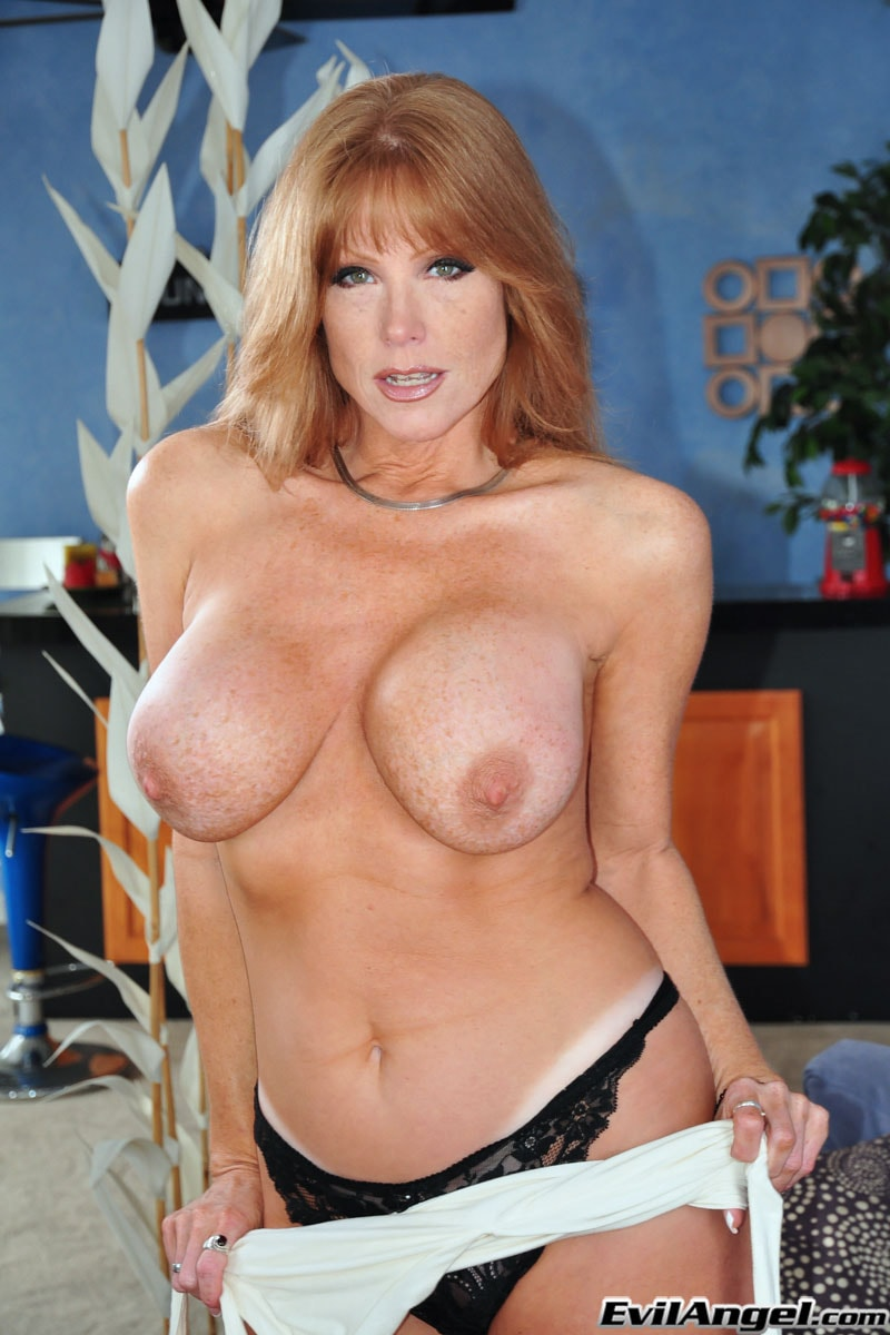 Evil Angel 'The Mommy X-Perience' starring Darla Crane (Photo 12)