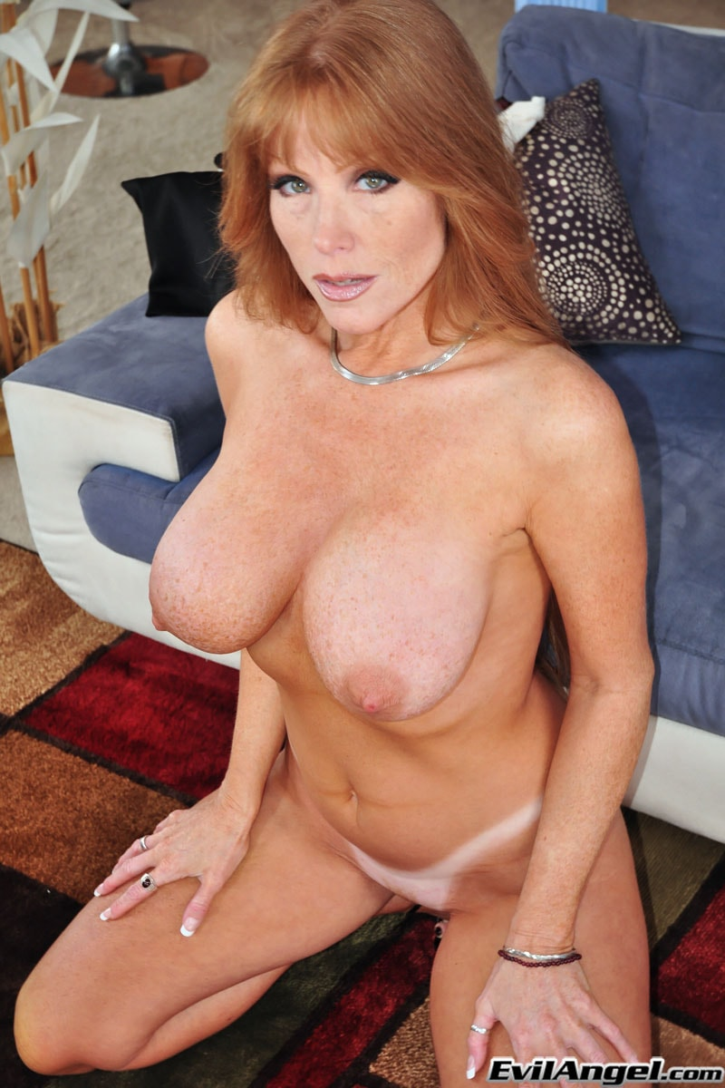 Evil Angel 'The Mommy X-Perience' starring Darla Crane (Photo 16)