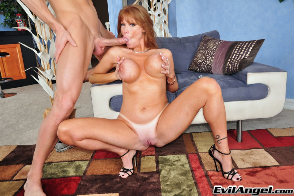 Evil Angel 'The Mommy X-Perience' starring Darla Crane (Photo 26)