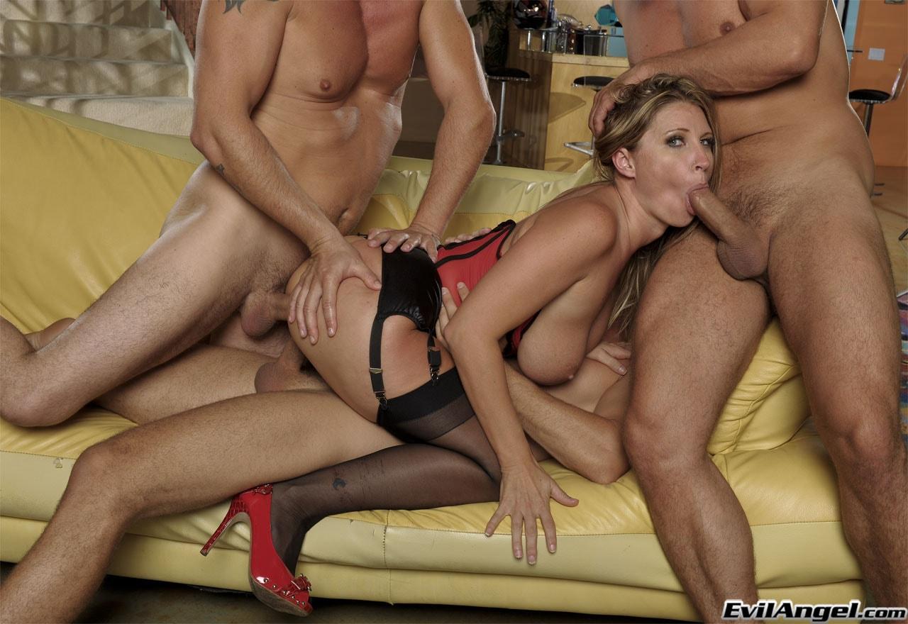 Evil Angel 'Thirty Plus Sluts' starring Devon Lee (Photo 24)