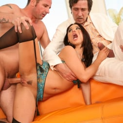 Eva Angelina in 'Evil Angel' Live Gonzo Raw And Uncut Scenes 2 (Thumbnail 33)