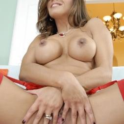 Francesca Le in 'Evil Angel' Anal Pornsluts (Thumbnail 144)