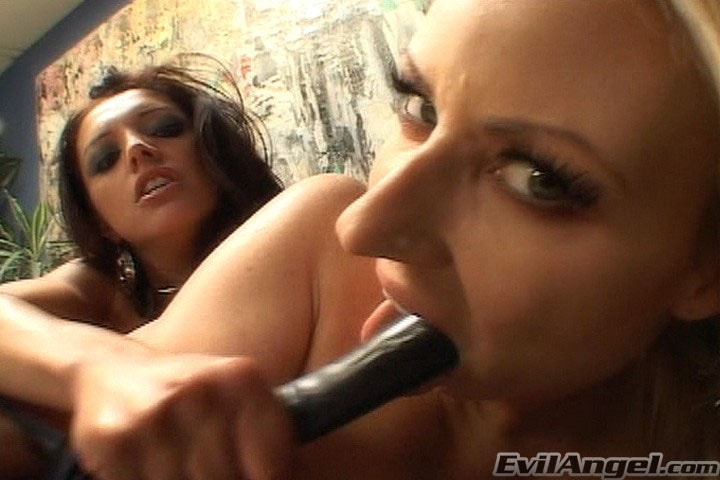 Evil Angel 'Bitchcraft 4' starring Francesca Le (Photo 12)
