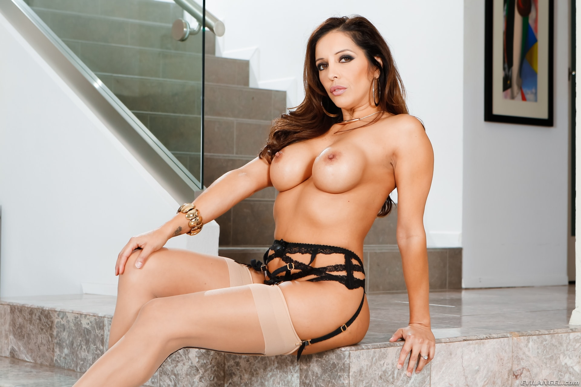 Evil Angel 'LeWood Gangbang: Battle Of The MILFs' starring Francesca Le (Photo 8)