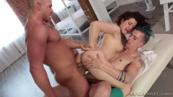 Ingrid Mouth in 'Bisexual Pick-Ups'