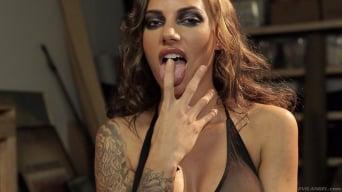 Juelz Ventura in 'Spit'