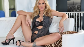 Julia Ann in 'The Mommy X-Perience 3'