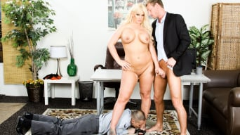 Julie Cash in 'Mean Cuckold'