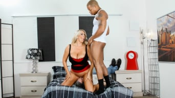 Karen Fisher in 'Mean Cuckold 02'
