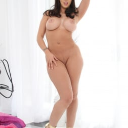 Kelly Divine in 'Evil Angel' Deep Anal Abyss 4 (Thumbnail 140)