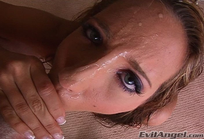 Evil Angel 'Sloppy Head 2' starring Kelly Divine (Photo 4)