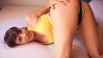 Lea Lexis に 'Dirty Panties 02'