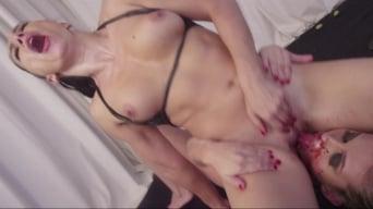Lea Lexis に 'Fetish Fanatic 20'