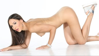Lilu Moon in 'Rocco Sex Analyst 7'
