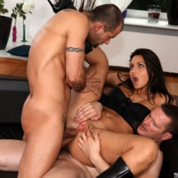 Lioness in 'Evil Angel' Rocco's Double Anal Festival (Thumbnail 22)