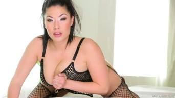 London Keyes in 'Asian Fucking Nation 5'