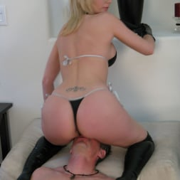 Missy Woods in 'Evil Angel' Asses Of Face Destruction 10 (Thumbnail 3)