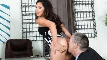 Nicole Ferrera in 'Femdom Ass Worship 22'