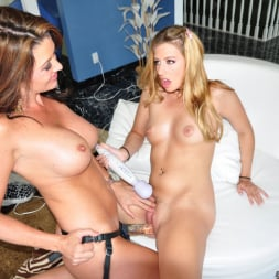 Raquel Devine in 'Evil Angel' The Mommy X-Perience 2 (Thumbnail 22)