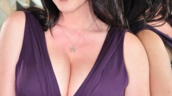 RayVeness in 'The Mommy X-Perience 2'