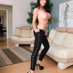Rebeca Linares in 'Evil Angel' Spandex Loads 2 (Thumbnail 204)