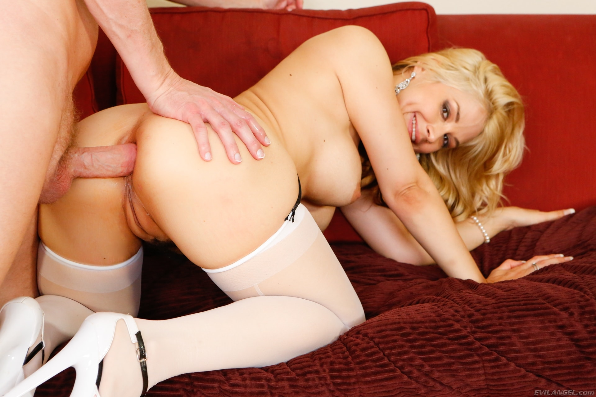 Evil Angel 'BAM Blonde Anal MILFs' starring Sarah Vandella (Photo 11)