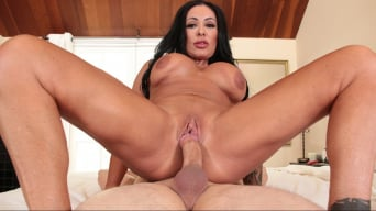 Simone Garza in 'Evil MILFs 03: Slutty Stepmoms'