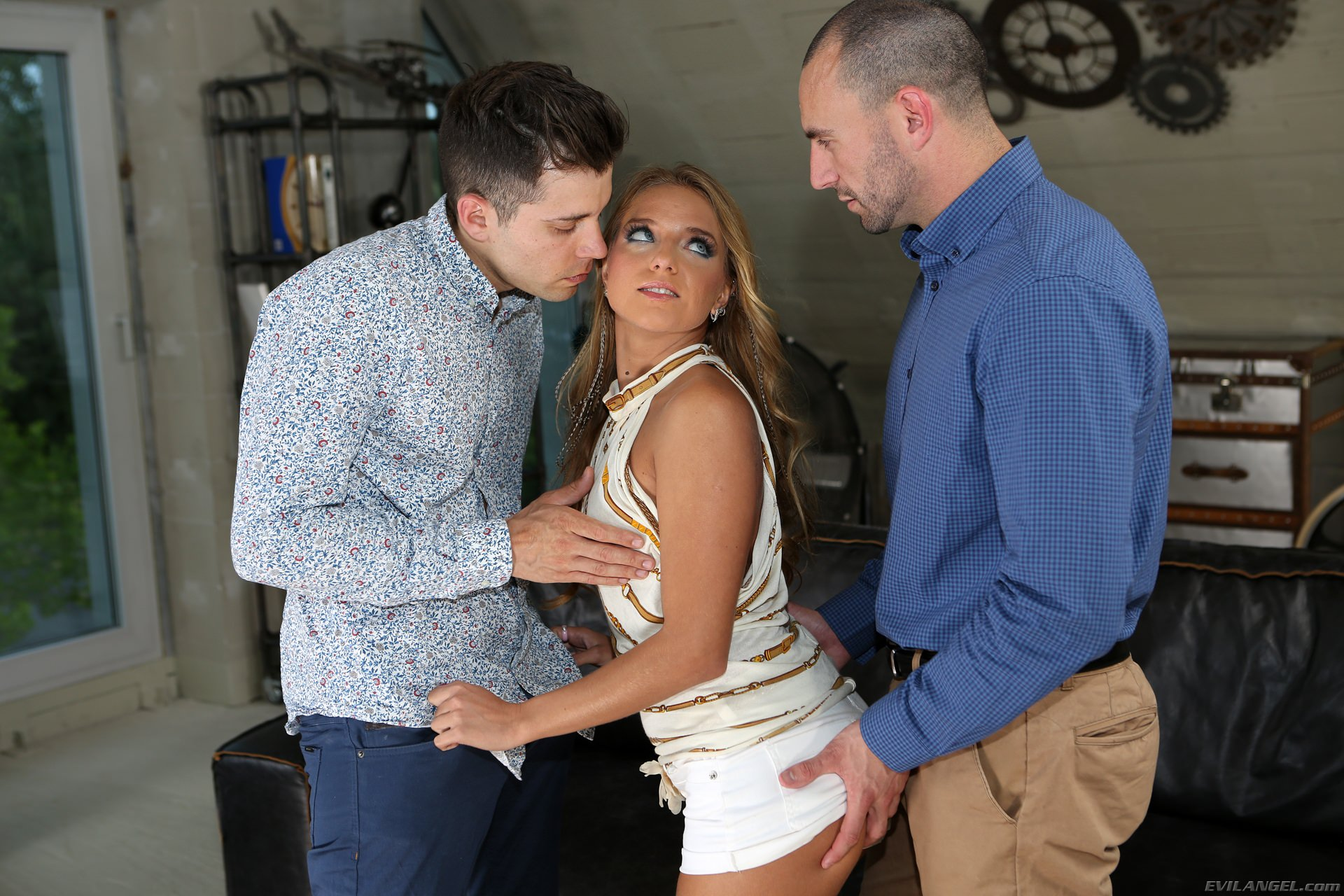 Evil Angel 'Rocco's Double Trouble 3' starring Sofi Goldfinger (Photo 21)