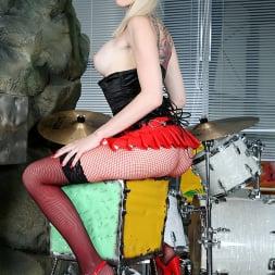 Sofia Valentine in 'Evil Angel' Slutty Girls Love Rocco 3 (Thumbnail 16)