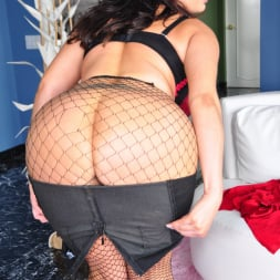 Vannah Sterling in 'Evil Angel' The Mommy X-Perience 3 (Thumbnail 25)