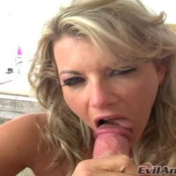 Vicky Vette in 'Evil Angel' Suck It Dry 3 (Thumbnail 9)