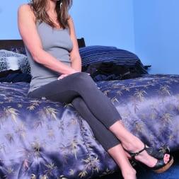 Victoria Lawson in 'Evil Angel' Spandex Loads 2 (Thumbnail 1)