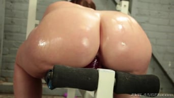 Virgo Peridot in 'Curvy Casting Couch 02'